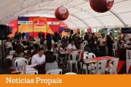 Barrio El Restrepo con Macrorrueda Compre Colombiano